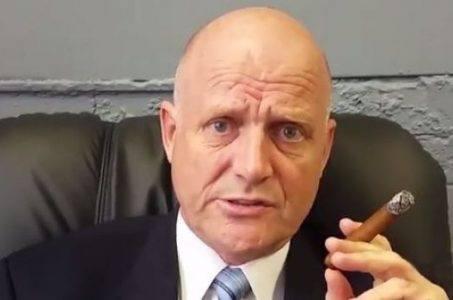 Senator David Leyonhjelm joins fight for online poker in Australia