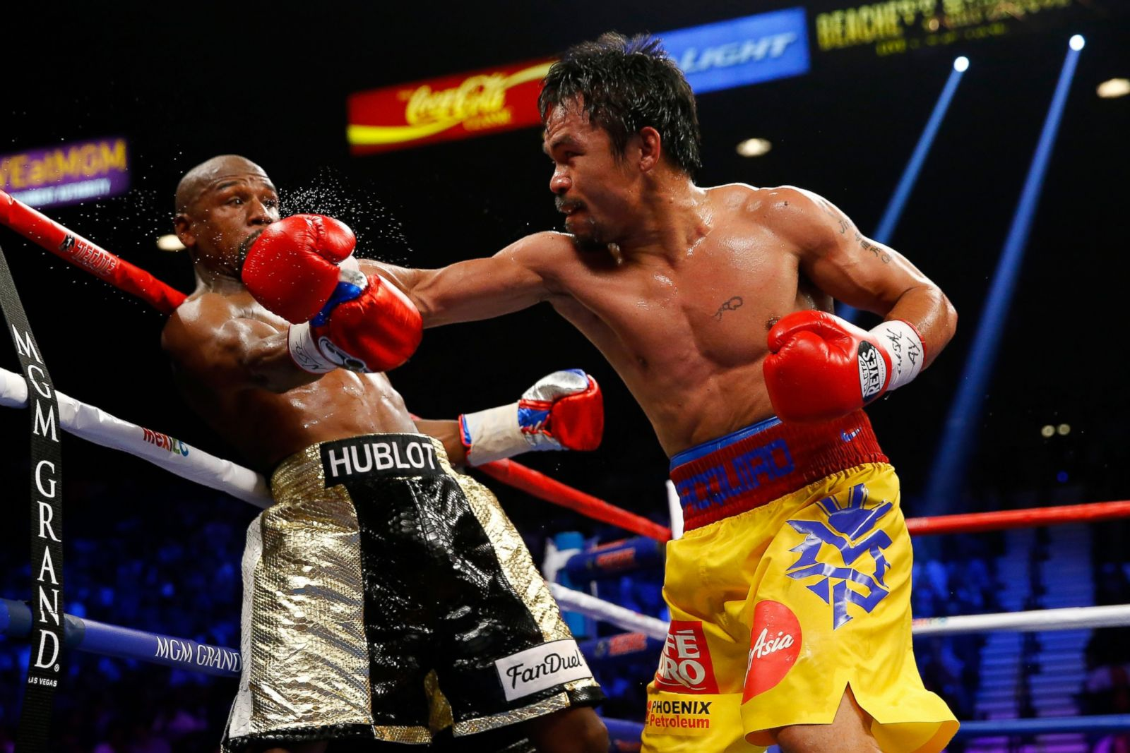 Manny Pacquiao Floyd Mayweather boxing odds