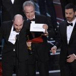 Oscar Oddsmakers Weep Along with 'La La Land' Producers at Erroneous Best Picture Snafu