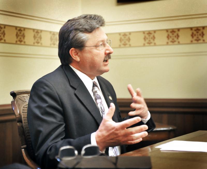 Mike Kowall Introduces Michigan Online Gambling Bill