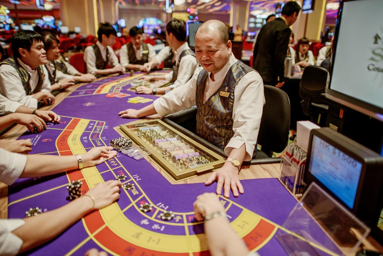 Macau casino revenue China gambling