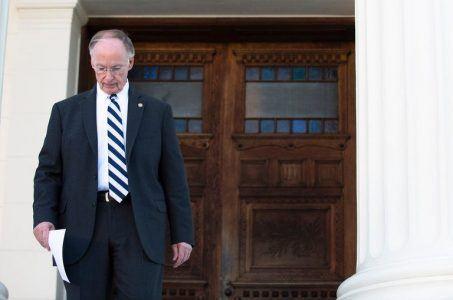 Alabama gaming Governor Robert Bentley