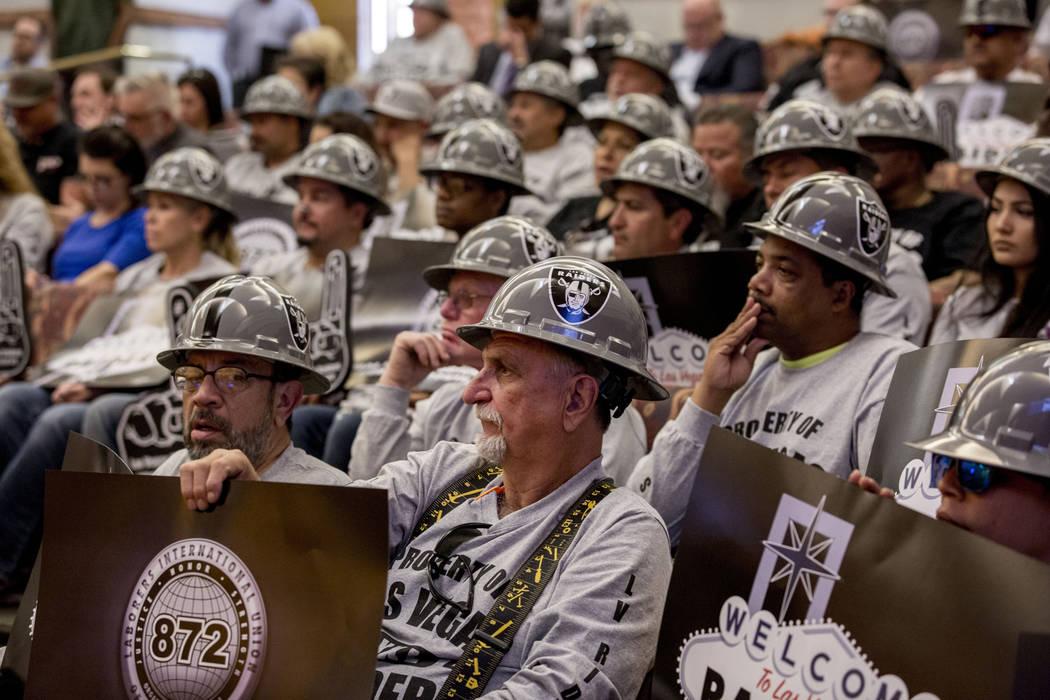 Las Vegas Raiders lease agreement NFL