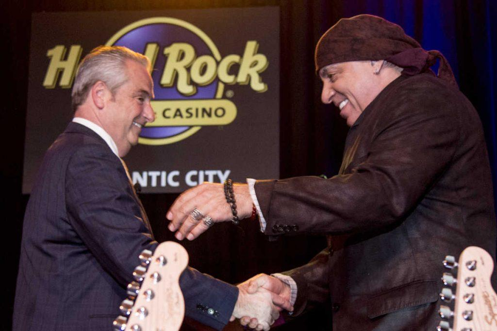 Steven van Zandt and Chris Christie support the Hard Rock Atlantic City