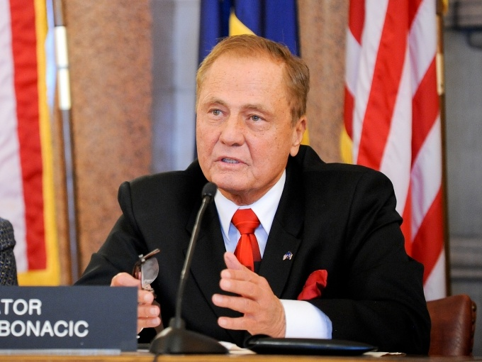 Sen. John Bonacic's online poker bill