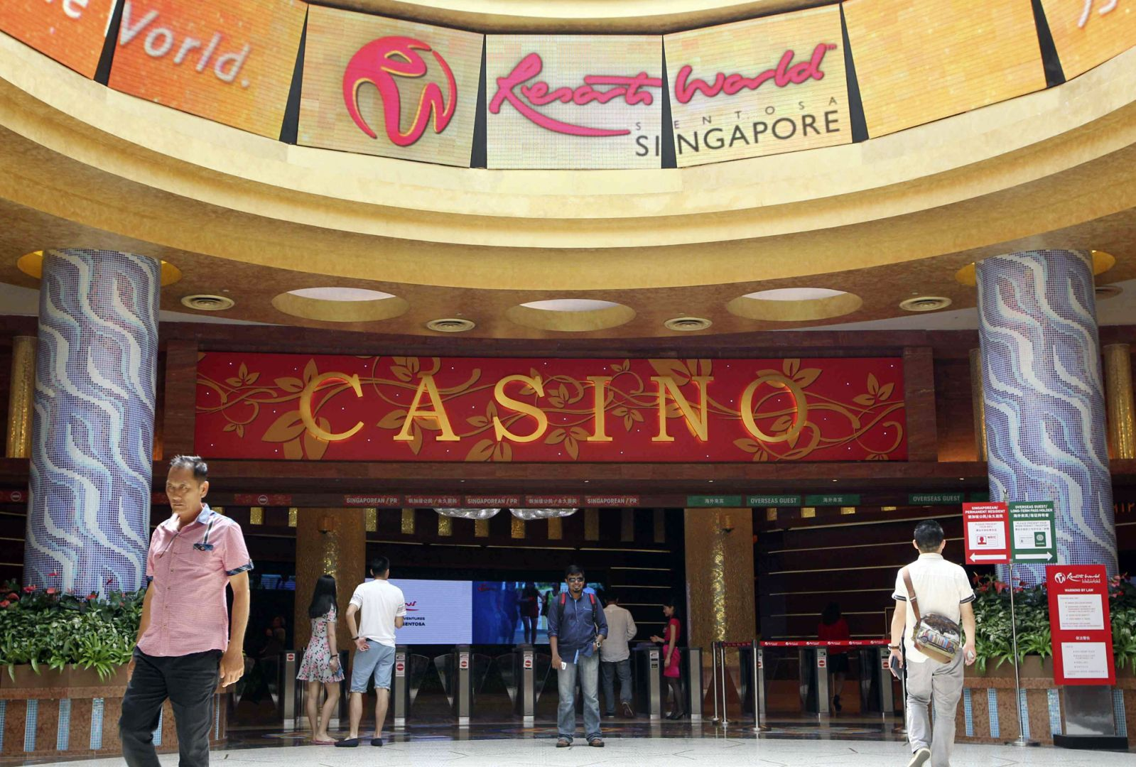 Singapore gaming revenue casinos