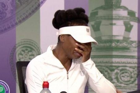 Venus Williams in tears at Wimbledon