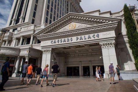Caesars shareholders bankruptcy reorganization