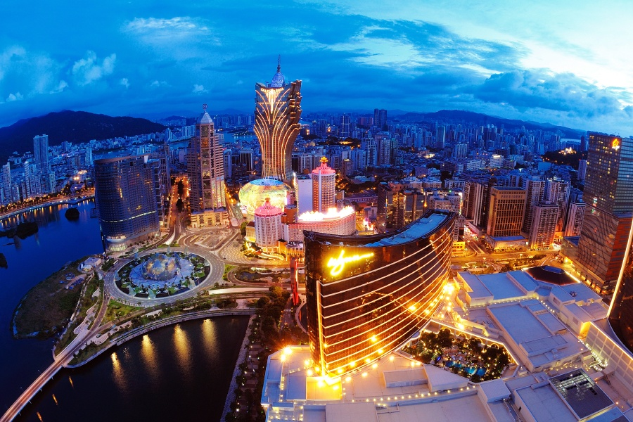 Macau casino revenue July
