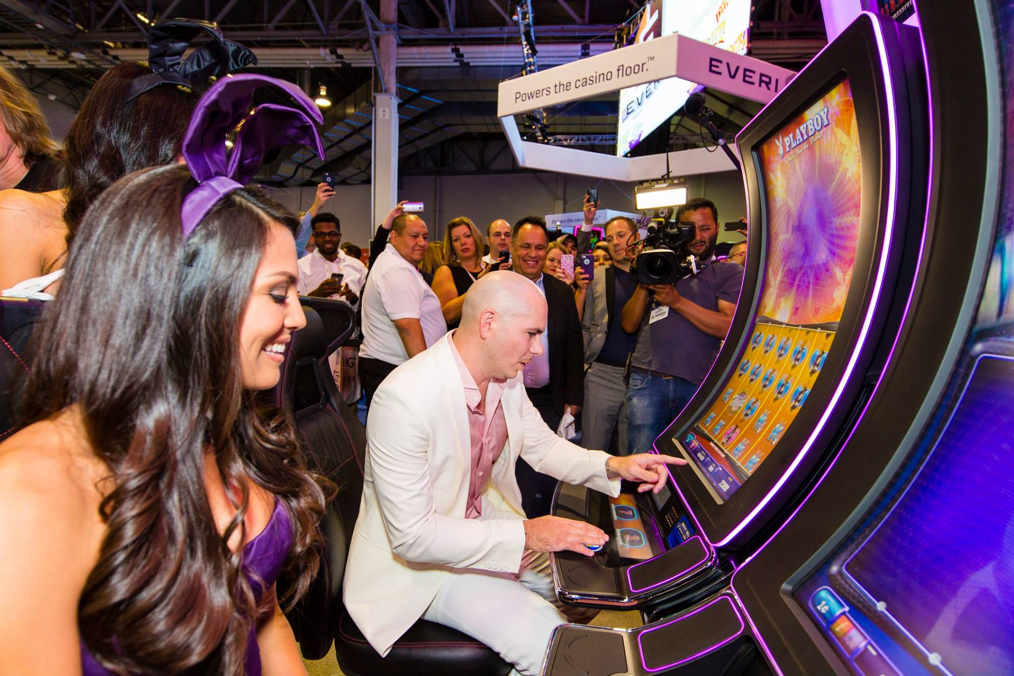 Scientific Games IGT licensing agreement
