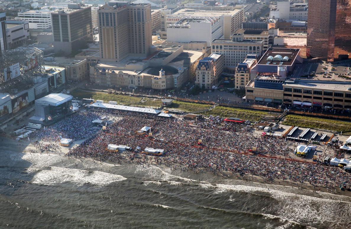 Atlantic City casinos revenue