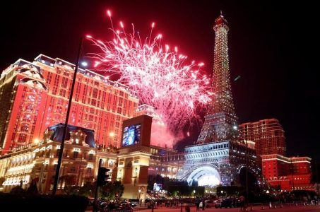 Macau casinos revenue Golden Week