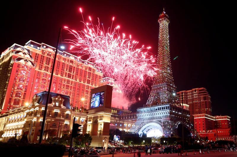 Macau casinos revenue Golden Week