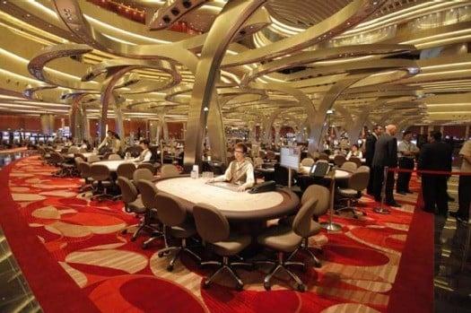 Singapore casinos VIP revenue