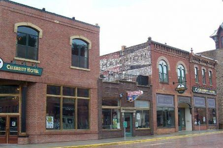 Deadwood casino Celebrity Hotel