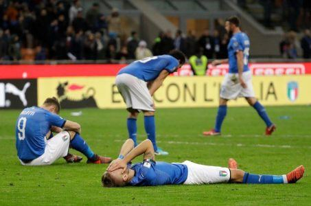 Italian soccer team, unqualified