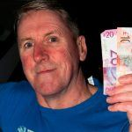 Lucky Man Hits Virtual Horse Racing Miracle After Ungreedy Act at ATM