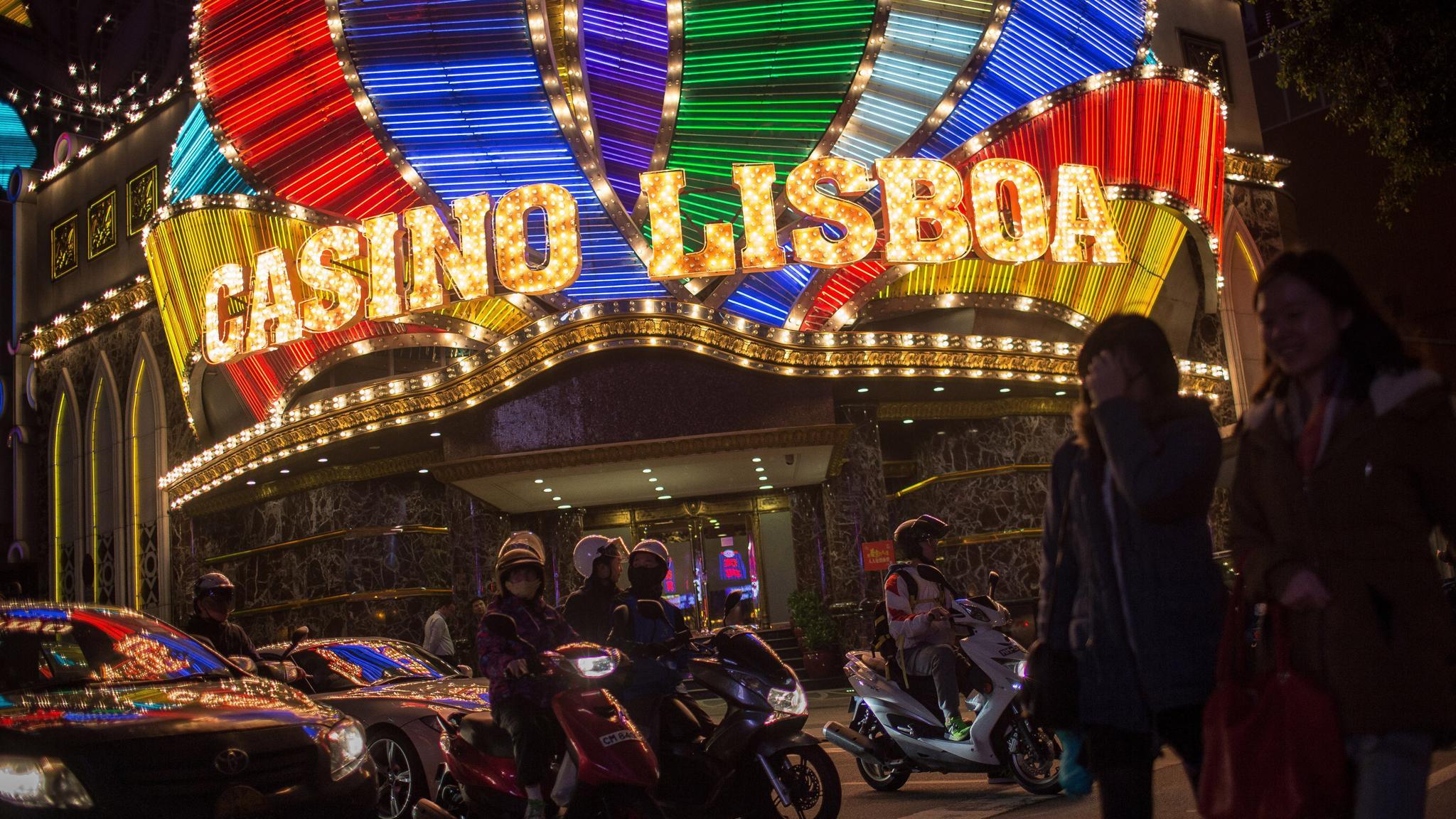 SJM Holdings revenue Casino Lisboa
