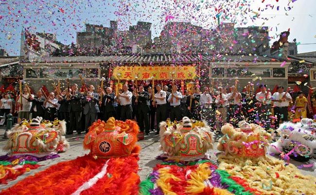 Macau Gambling Revenue Goes Through the Roof