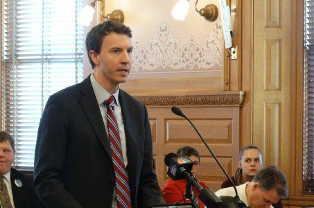 Kansas sports betting bill debated by MBA's Bryan Seeley