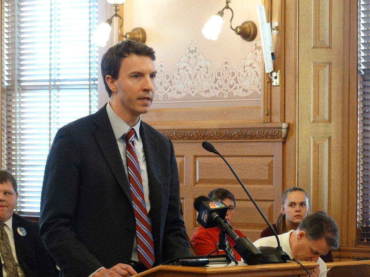 Kansas sports betting bill debated by MBA's Bryan Seeley