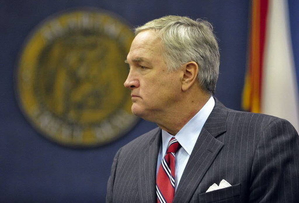 Alabama DFS bill fails to change Luther Strange's 2016 opinion