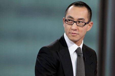 Melco Resorts Gives CEO $5 million bonus.