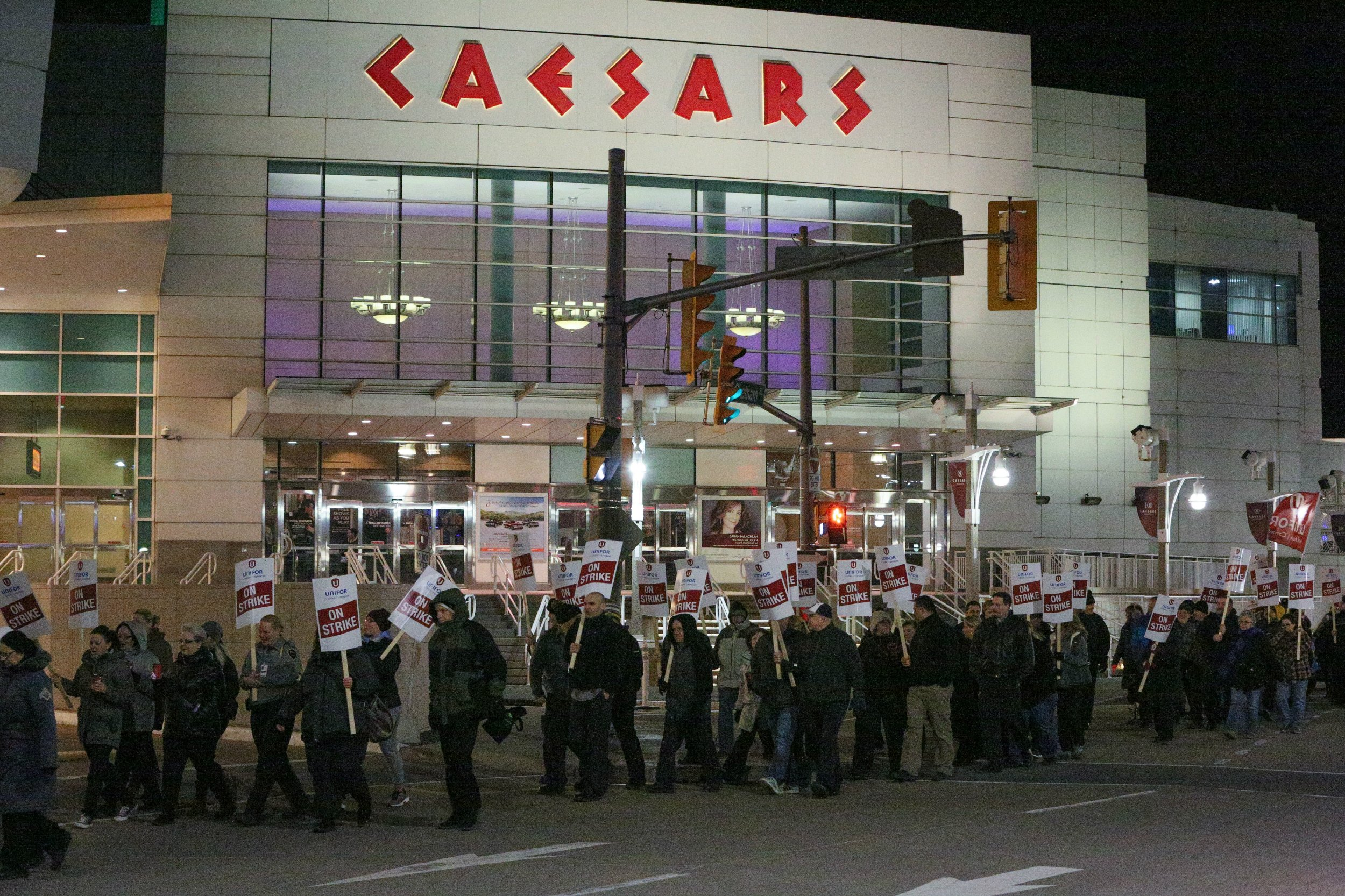 windsor casino strike news