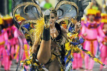 Brazilian tourists Las Vegas flights LATAM
