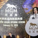 MGM China dividends