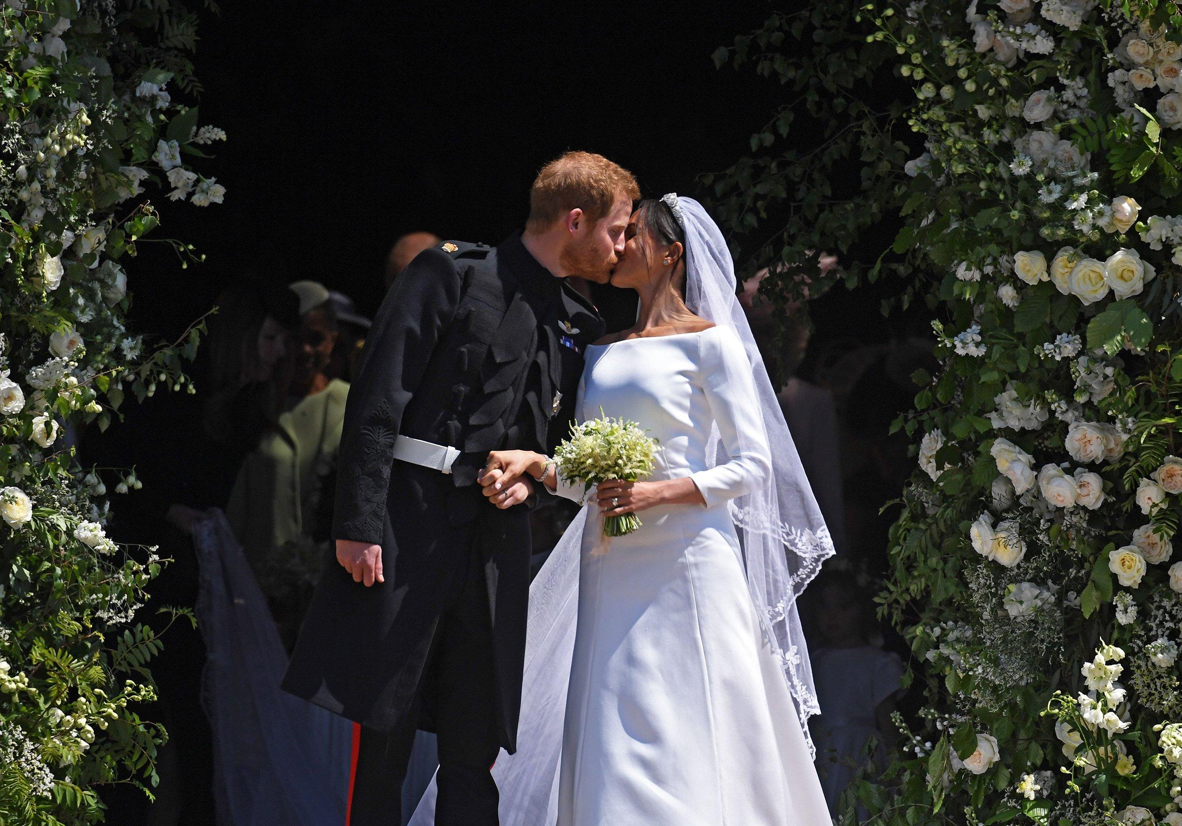 Meghan Markle Wedding Dress Designer.Meghan Markle Wedding Dress Designer Odds
