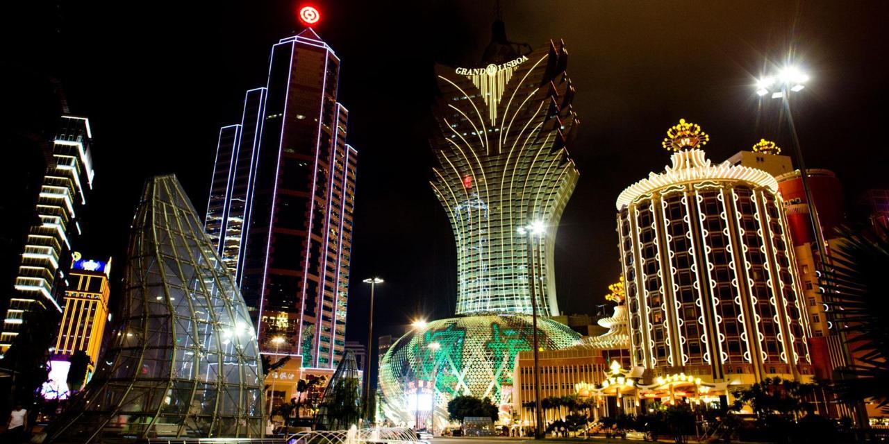 Macau gambling revenues