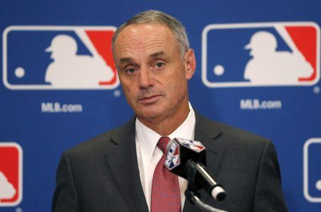 Rob Manfred MLB sports betting