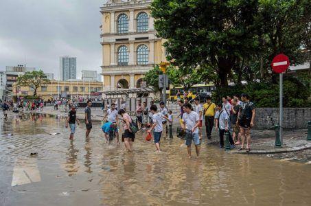 Typhoon Hato Macau casinos