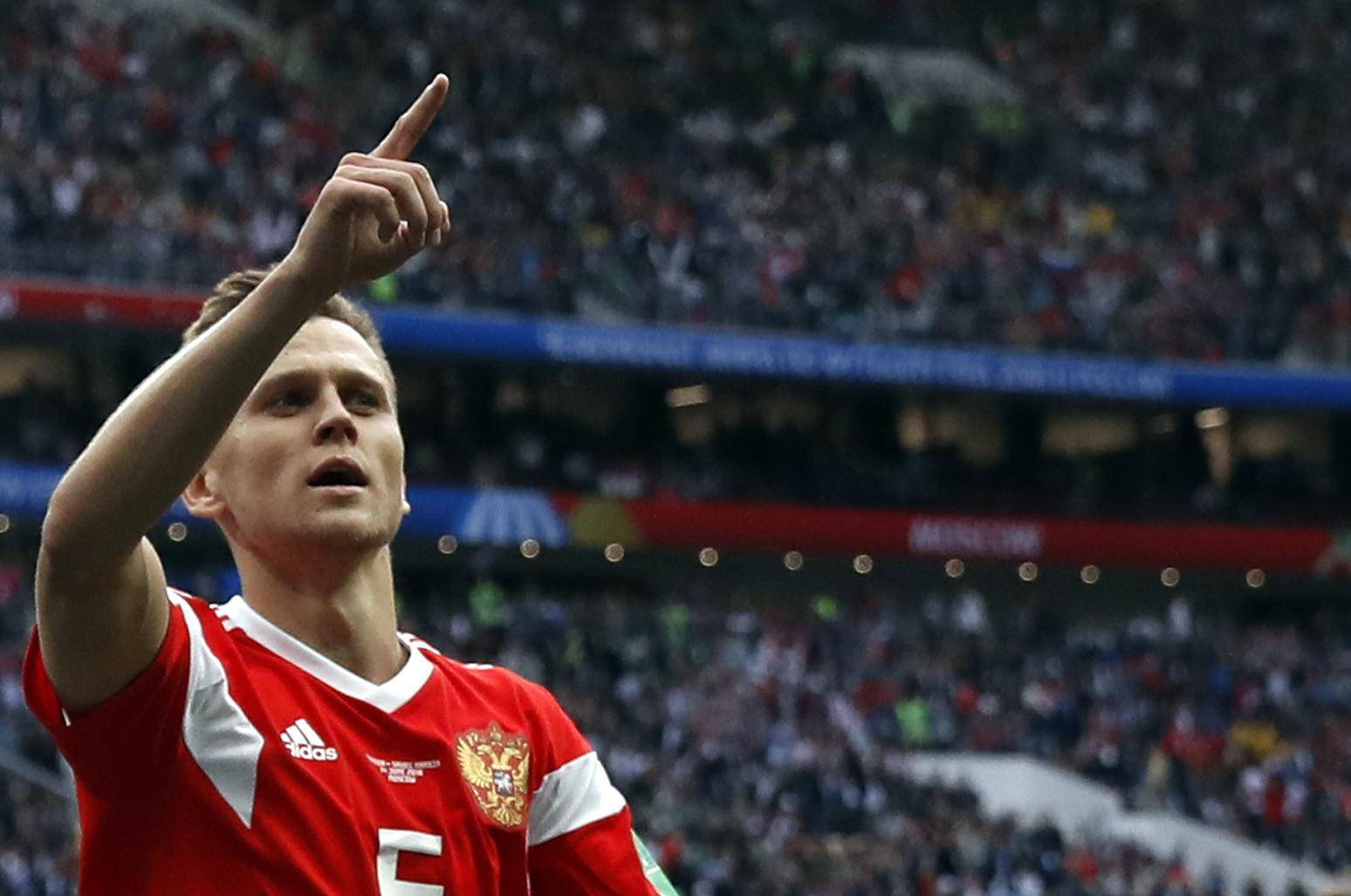 Russia wins opening World Cup match v Saudis