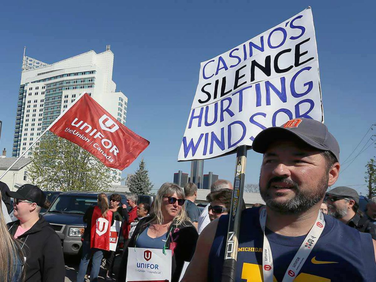 Detroit casinos revenue online gambling