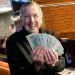 Brent Musburger Warns First-Time Sports Bettors to 'Be Careful'