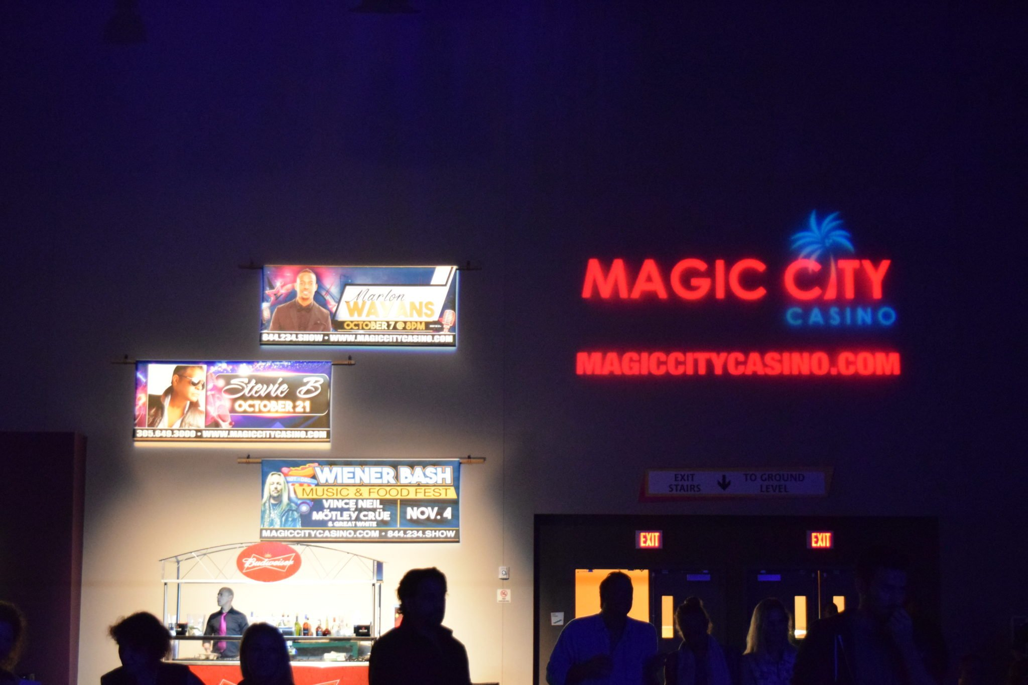Magic city poker miami circus circus hotel and casino reviews