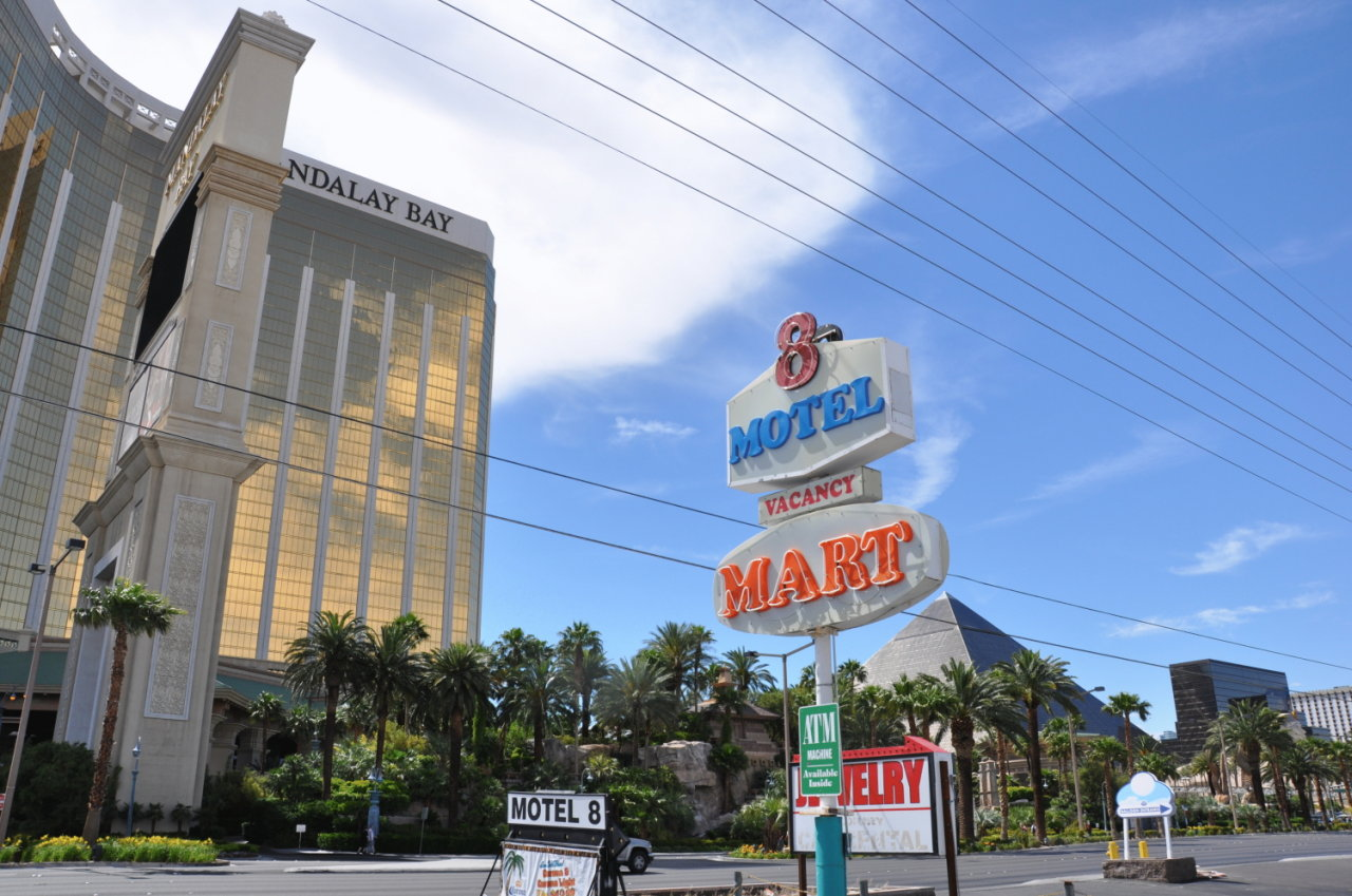 Hotels Near Mandalay Bay Las Vegas