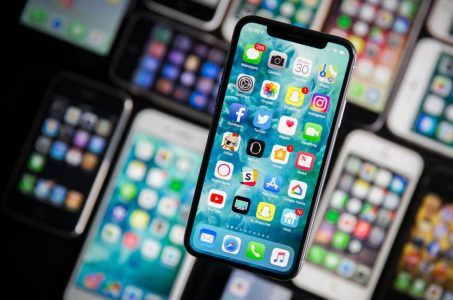 Apple deletes gambling apps in Chinese App Store