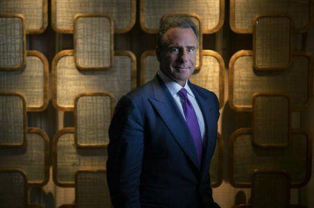 Mark Frissora Caesars stock
