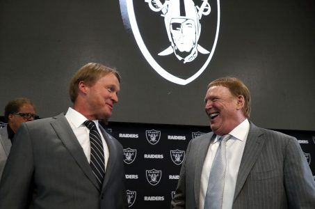 Raiders Mark Davis Las Vegas NFL odds