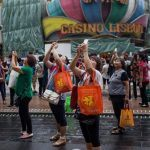 Macau Rides Golden Week Wave Again As Casinos Expect Healthy Wins In October