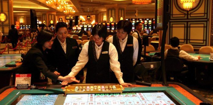 Macau Casino Workers Bill to Ban After-Work Gambling on Tap