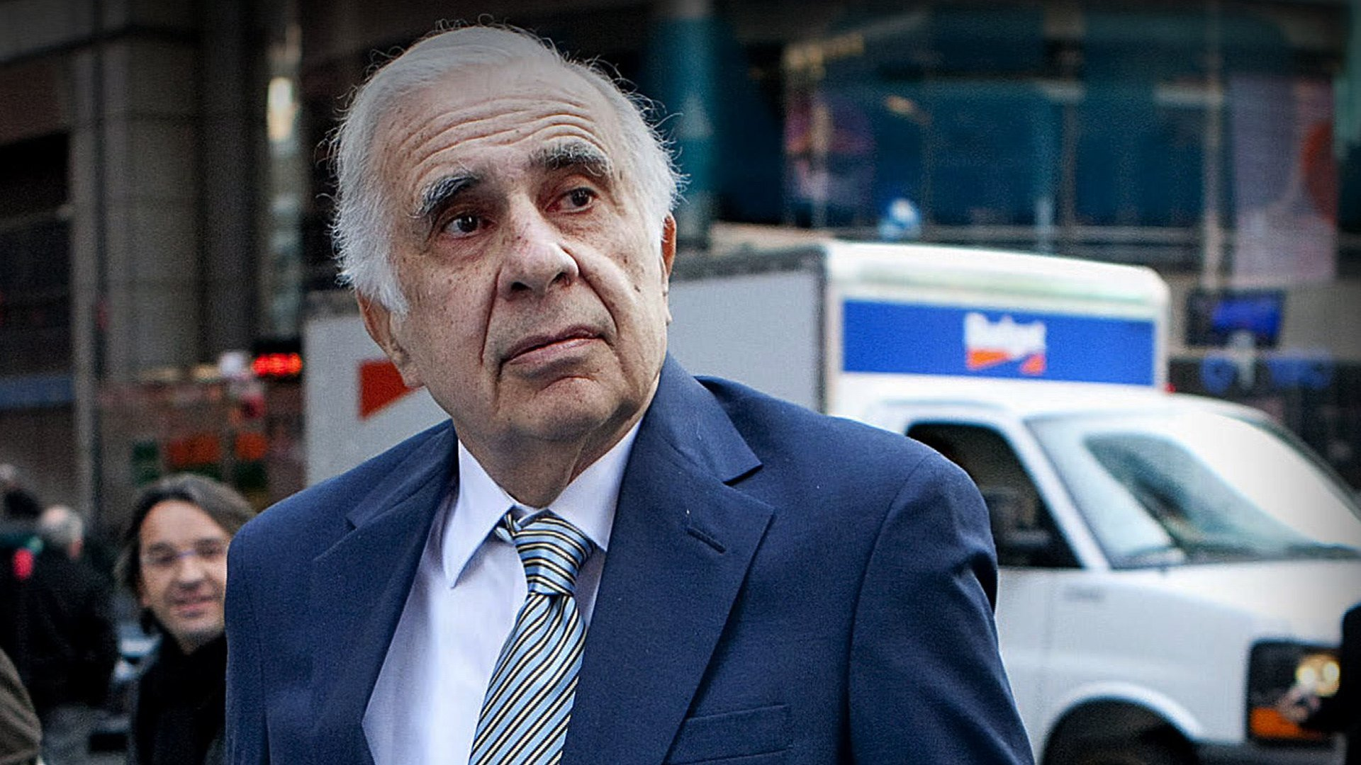 Carl Icahn Caesars Entertainment stock
