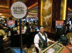 Macau casino workers salary wage bonus