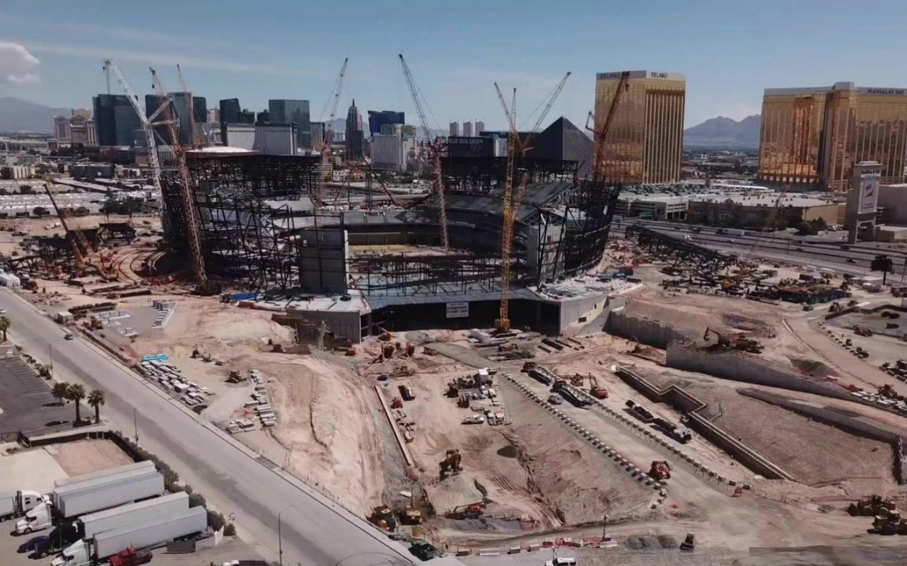 Las Vegas stadium Super Bowl odds