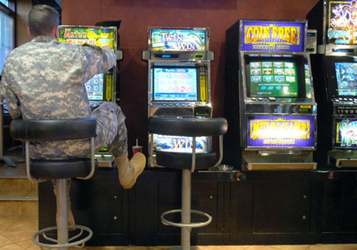 Elizabeth Warren military gambling slots
