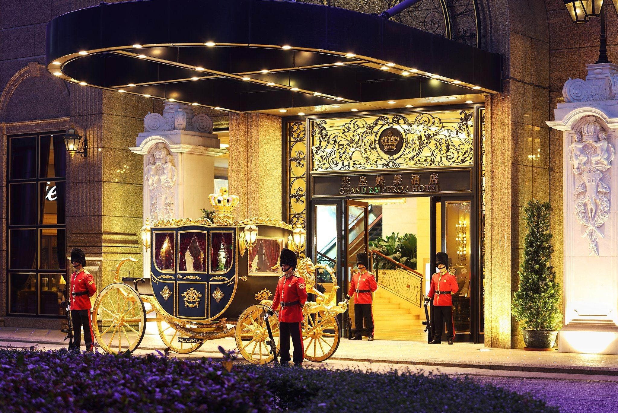 Macau casinos hotel rooms gambling