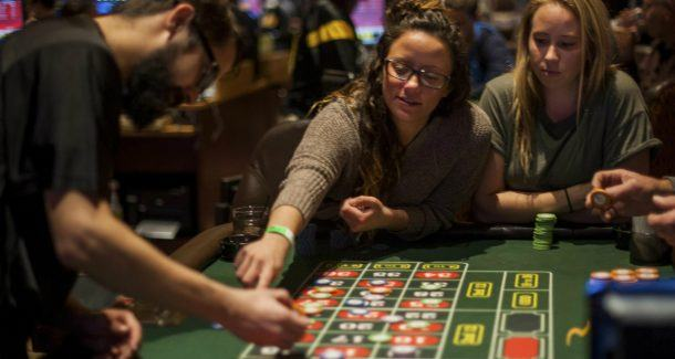 college students casinos gambling millennial